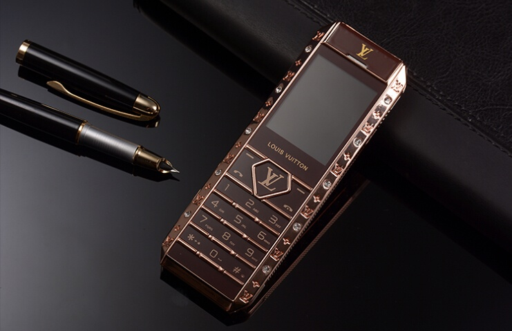 Điện thoại V12 đẳng cấp thượng lưu 5