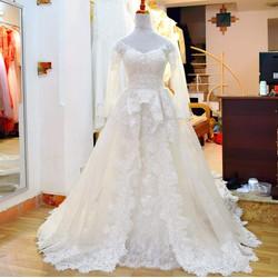 Áo cưới đẹp đuôi dài r0112