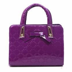 Túi xách nữ đính nơ da bóng mang lại sự sang trọng cho bạn gái-218