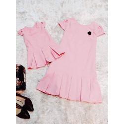 Đầm đuôi cá hồng xếp ly