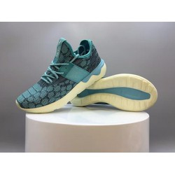 Giày thể thao kiểu dáng mới HOT nhất 2016