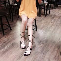 Giày Sandal Cột Dây Xỏ Ngón