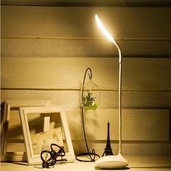 Đèn Bàn Chống Cận 3 chế độ ánh sáng