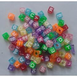 Hạt vuông in chữ cái làm vòng handmade-50g