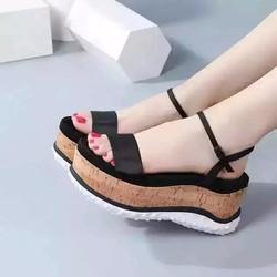 Giày sandal - đế xuồng mới nhất hiện nay
