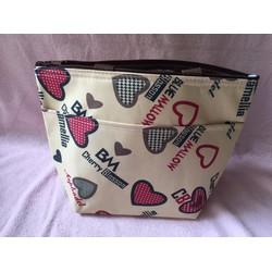 Túi xách giữ nhiệt 2 ngăn họa tiết trái tim