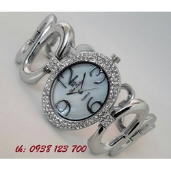 Đồng hồ nữ vòng tay, lắc dây cực dễ thương
