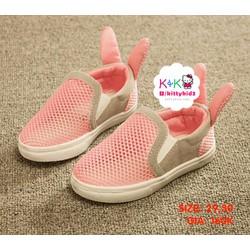 Giày tai thỏ màu hồng
