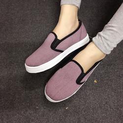 Giày slip on trơn màu sắc