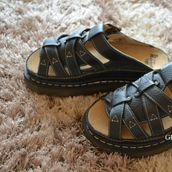Freeship - Dép Dr.Martens - Doctor 2011 - Made in Thái Lan