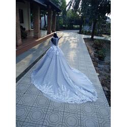 áo cưới xám đuôi dai tầng eo đuôi dài chụp ảnh