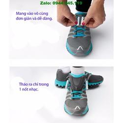 Quên đi côt dây giày - Nam chân hít dây giày