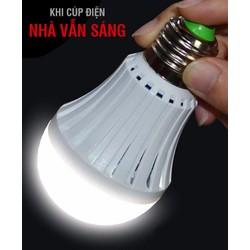 Bóng đèn 9W tích điện cúp điện nhà vẫn sáng