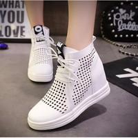 TT227W - Giày thể thao đục lỗ độn đến phong cách Hàn Quốc - Doni86.com
