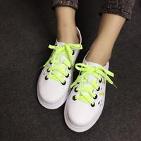 Giày sneaker nhựa màu xanh lá N41