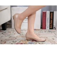 Giày búp bê 4 phân da bóng màu đen