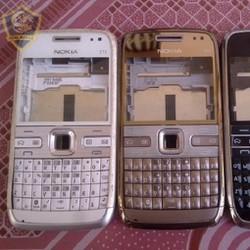 Vỏ Nokia E72  Trắng Chính Hãng