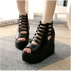 Giay sandal chien binh