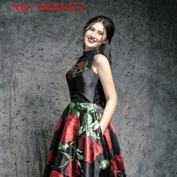 Đầm maxi xòe kiểu sát nách vải in hình hoa hồng dễ thương DDH452
