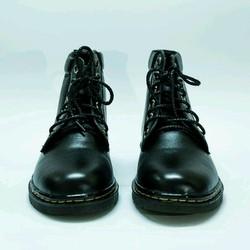 giày cổ cao da bò