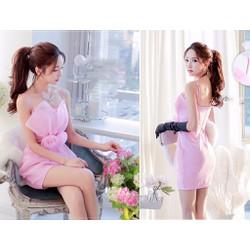 Đầm ôm body 2 dây cúp ngực đính hoa hồng xinh xắn - AV3773