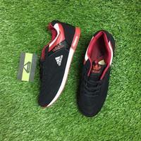 Giày thể thao Adidas. - 3805