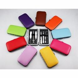 Bộ dụng cụ chăm sóc móng 7 món hộp màu trơn LD030