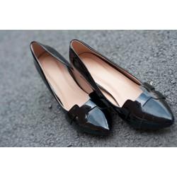 Giày cao gót mũi nhọn xi bóng