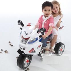 xe mô tô cảnh sát