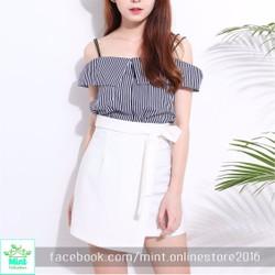 Áo kiểu 2 dây trễ vai màu đen - trắng