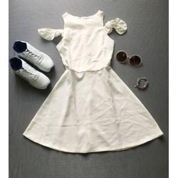 Đầm xoè trắng rớt vai