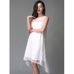 Đầm ren suông vạt xéo thời trang