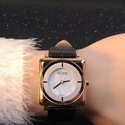 BH 1 năm-Đồng hồ mặt vuông phong cách thời trang dây da màu đen