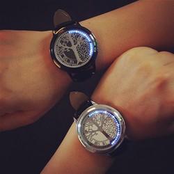 Đồng hồ led cảm ứng hiển thị giờ chỉ có tại shop izend