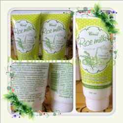 Sữa rửa mặt trắng da Thái Lan
