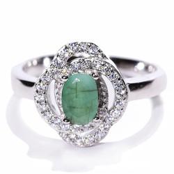 Nhẫn đá Emerald B306