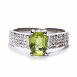 Nhẫn nữ đá Peridot