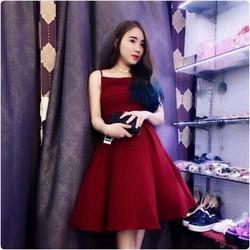 Đầm đỏ xoè Suri
