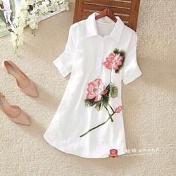 Đầm suông họa tiết hoa sen