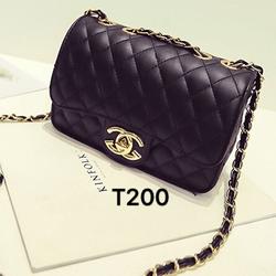 Túi xách đeo chéo logo nổi ,dây da phối xích vàng cao cấp-T200