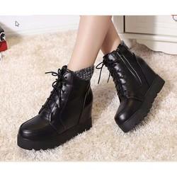Giày boot nữ cổ cao phong cách cá tính B050