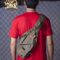 Túi đeo chéo thời trang dành cho nam đi phượt