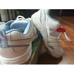 giày thể thao new balance