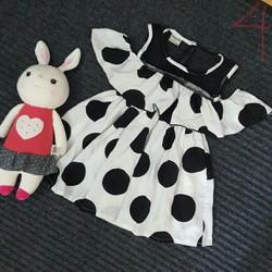 Đầm chấm bi hở vai cho bé gái size đại 25-40kg