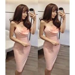Đầm ôm thiết kế hai dây