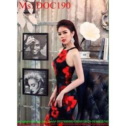 Đầm body dự tiệc cổ yếm vải hoa đỏ nổi bật trẻ trung DOC190