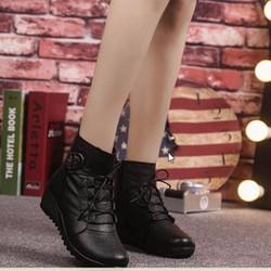 B060 - Giày Boot Nữ Thời Trang Cá Tính