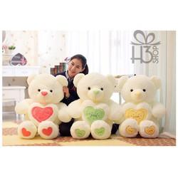 Gấu trắng ôm tim love