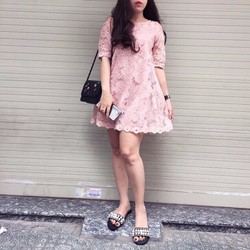Đầm ren suông khoét vai Quảng Châu