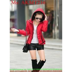 Áo khoác phao nữ có nón phối viền sành điệu và nổi bật AKMT216
